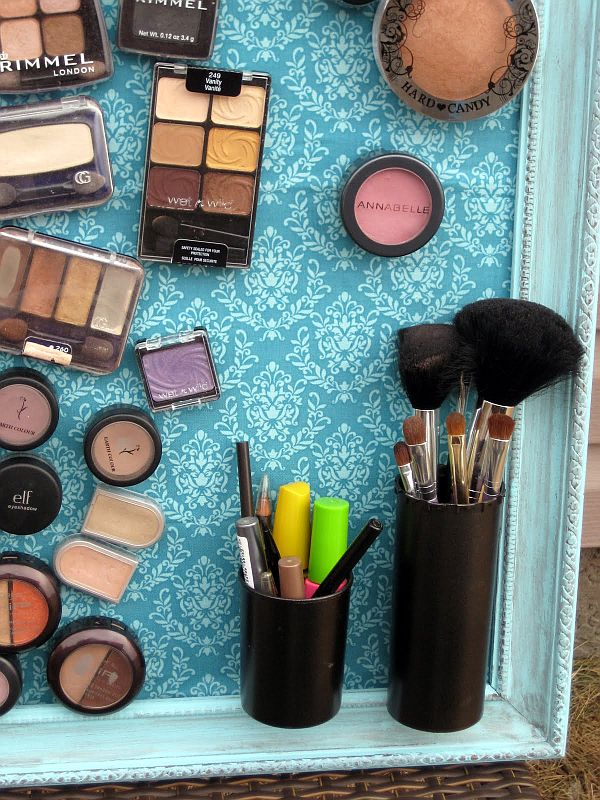 DIY Magnetic Make-up Board5