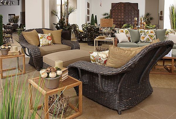 Chic Veranda Cuddle Chair