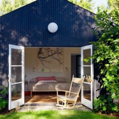 Los Feliz guest house by Alexandra Angle