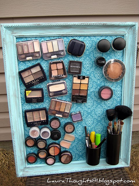Makeup-Magnet-Board