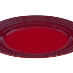 Great Dinner Plate From Le Creuset Amazing Design