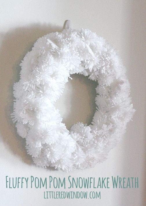 Pompom fluffy wreath