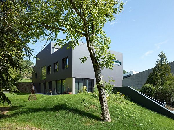 Contemporary Schuler Villa by andrea pelati architecte