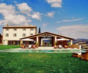 Casale Cerfoglio – a luxurious retreat in Umbria, Italy