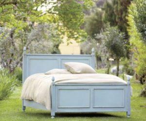 The elegant Louis XVI Panel Bed