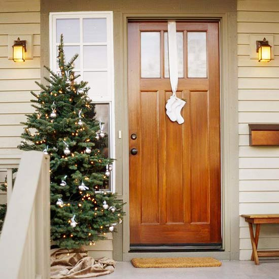 view in gallery in addition to decorating the front door - Modern Christmas Front Door Decorations