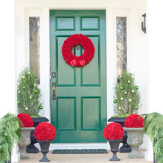 view in gallery - Christmas Front Door Decor