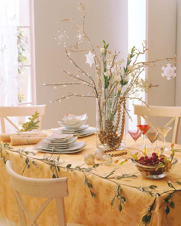 Small Xmas Centerpieces : Christmas table decorating ideas for