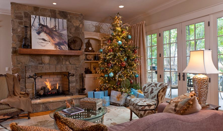 eclectic Christmas tree decor