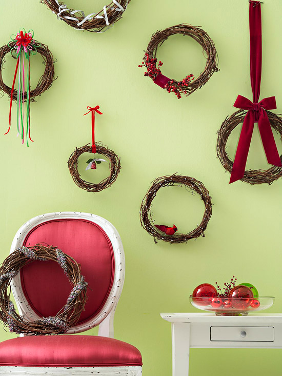 Ingenious holiday decorating ideas for small spaces - Great christmas ornaments that you need for your home ...