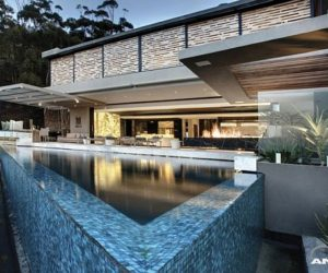 Luxurious renovation in Cape Town by Antoni Associates