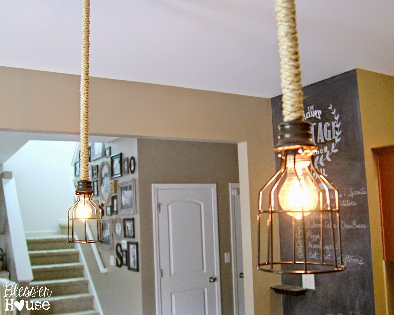 8 original industrial pendant lights you can craft yourself for Diy pendant light