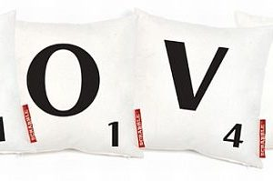 The officially licensed Scrabble cushion set