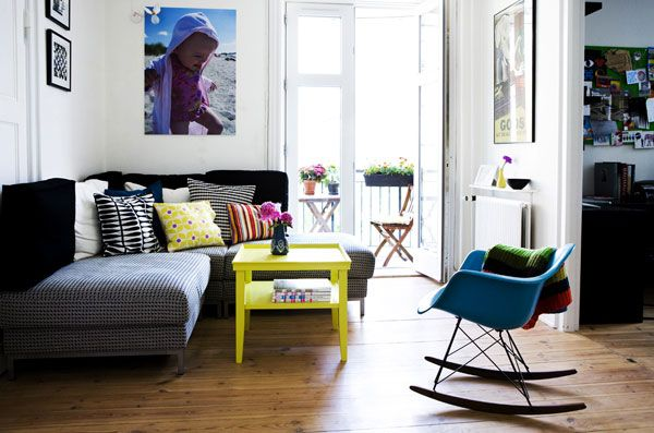 Interior Design For Small Living Room.  interior d cor can be very refreshing and soothing The 50 Living Room Decorating Ideas