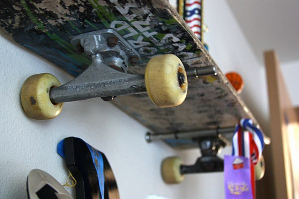 funny diy skateboard shelves. Black Bedroom Furniture Sets. Home Design Ideas