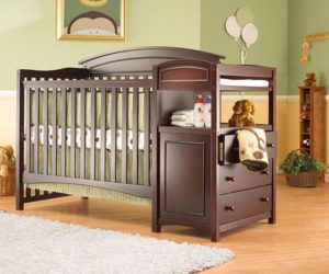 The Sorelle Vienna Crib and Changer
