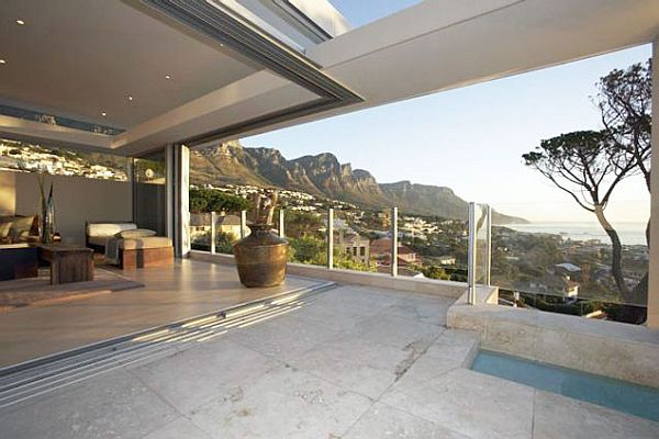 3-bedroom property in Cape Town