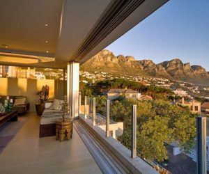 Tranquil Skies 3-bedroom property in Cape Town
