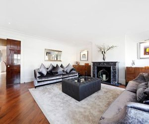 Modern 3-bedroom flat in London for sale
