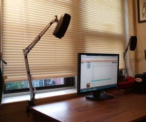 DIY Versatile And Flexible Computer Speaker Mounts