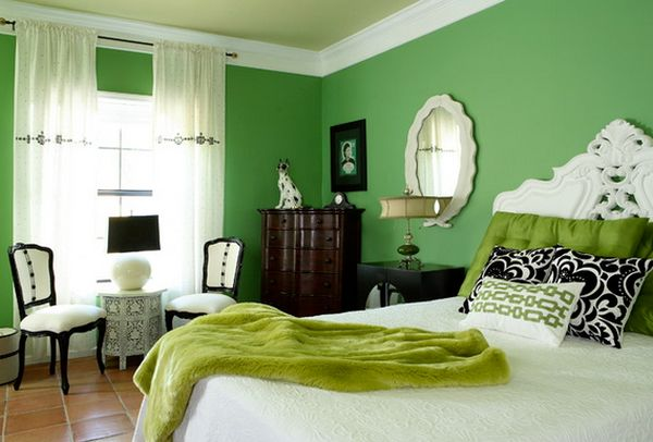 Pleasing Green Wall Bedroom Decorating