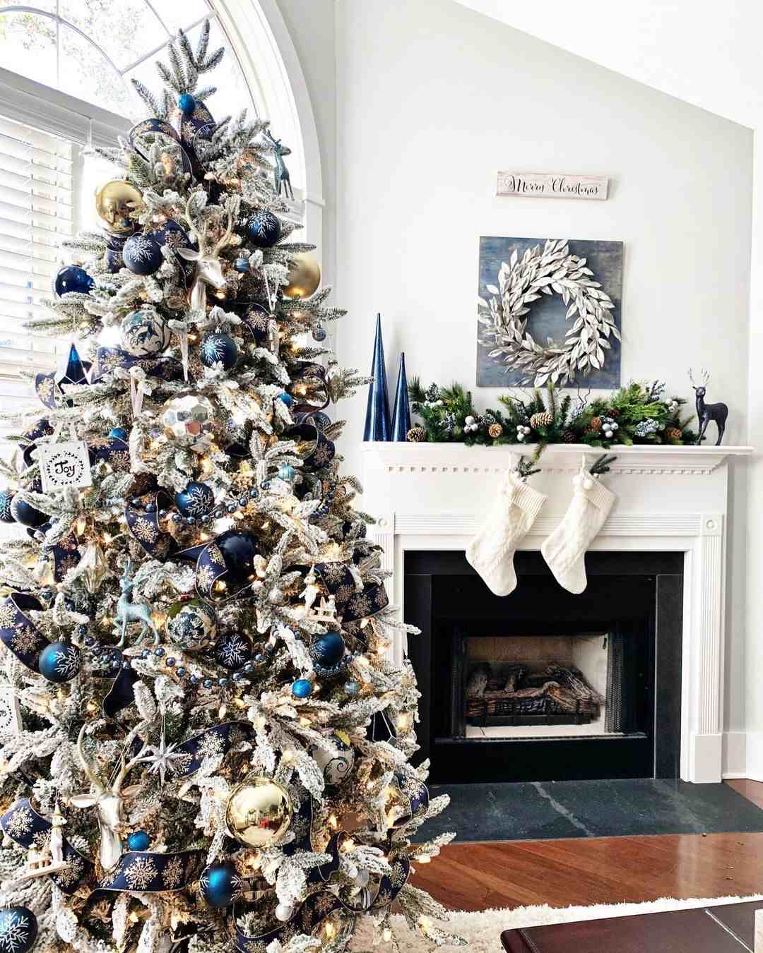 50 Christmas Fireplace Mantel Decoration Ideas