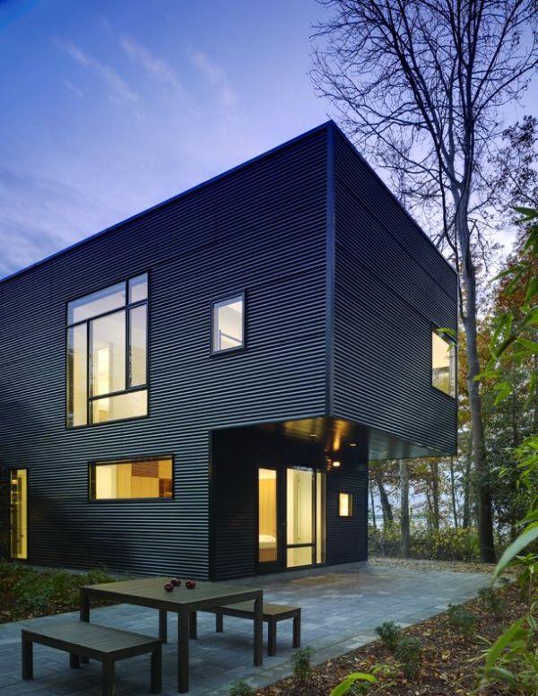 Modern House In Delaware by Robert M Gurney