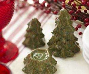 Christmas Table Accesories:The Christmas Tree Salt & Pepper Shakers