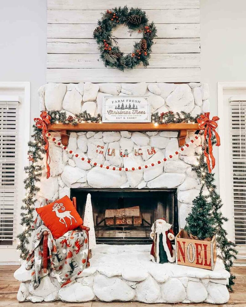 50 Christmas Fireplace Mantel Decoration Ideas