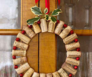 5 ways of turning wine corks into unique christmas decorations - Images For Christmas Decorations