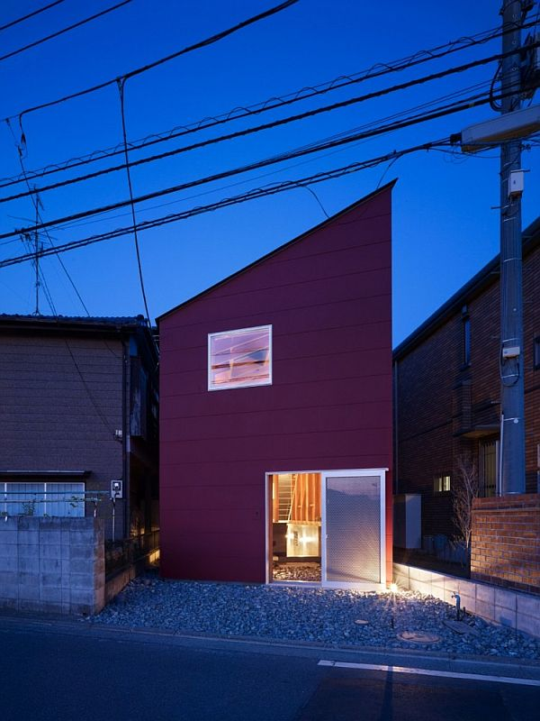 House In A Small And Narrow Site In Kanagawa, Japan Amazing Pictures