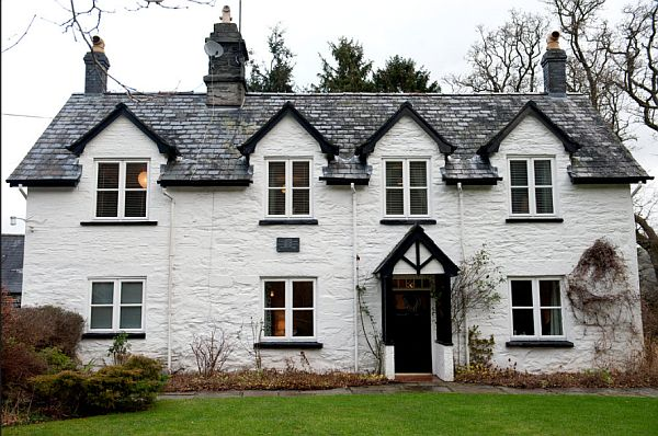 Traditional welsh farmhouse for sale - The best house in wales ...