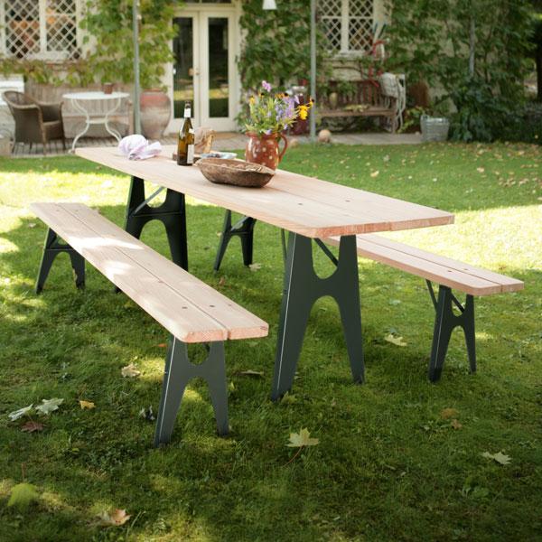 Ludwig table and bench set