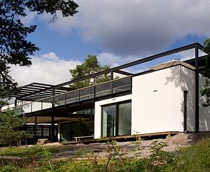Modern Villa Snow White in Finland