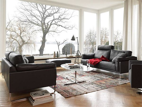 The contrasting Rawi sofa by Alfred Kleene and Gabriele Assmann