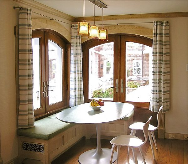 banquette dining room | Reasons for choosing banquette instead of chairs for ...