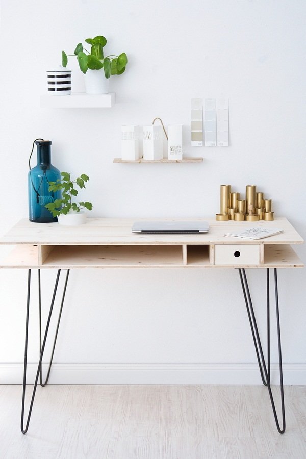 Built in hairpin legs desk