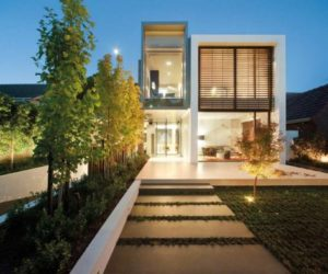 Contemporary House by Darren Carnell Architects