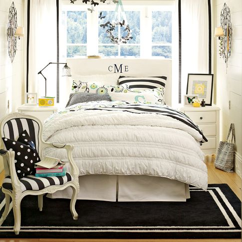 The Stylish Twist Duvet Cover Set · View In Gallery