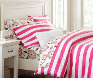 The cheerful Cottage Stripe Duvet Cover & Pillowcase set