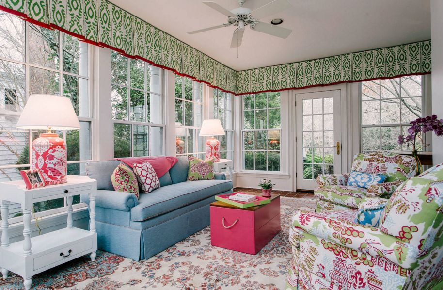 Decoate the sunroom with textile