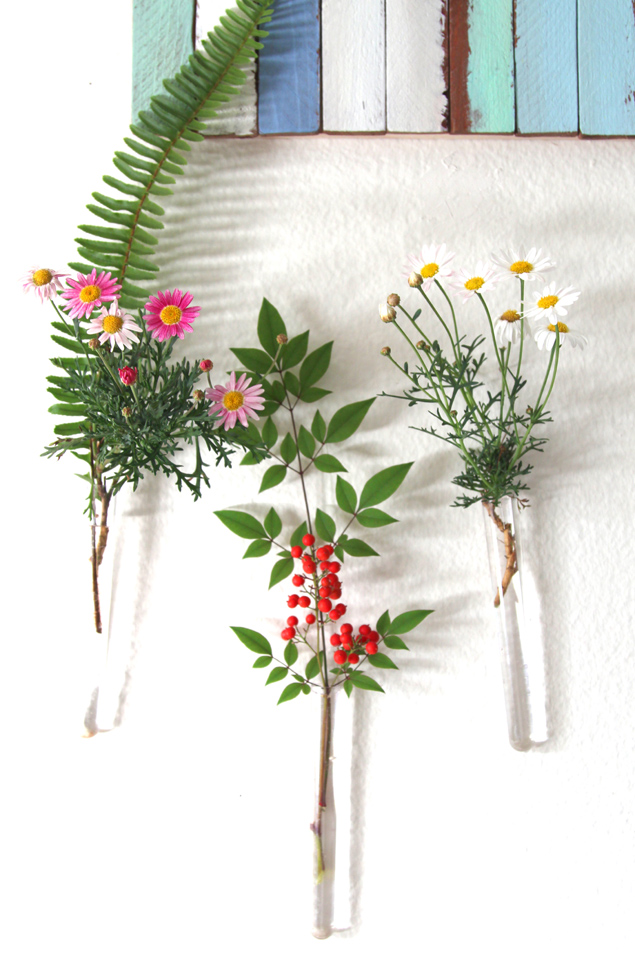 Easy Hanging Wall Vases
