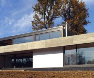 Lovely House in Chile by HLPS