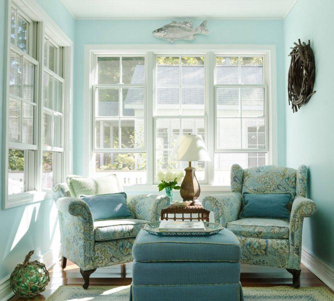 Small aqua turquoise sun room
