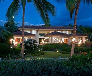 Incredible Thousand Waves Villa in Hawaii