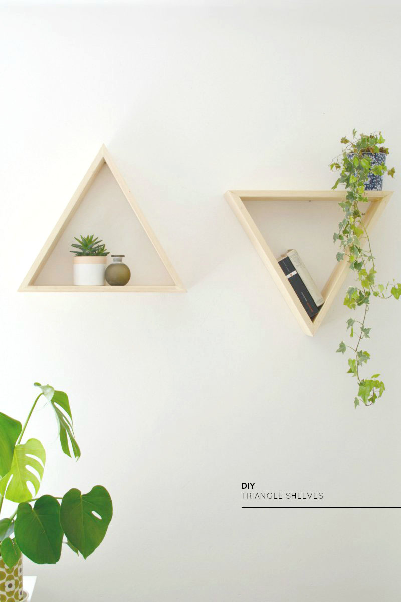 Triangle open shelves