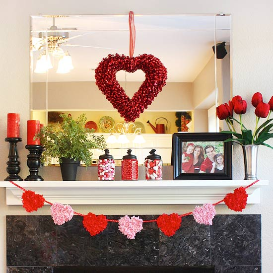 Valentine\'s Day mantel decoration ideas