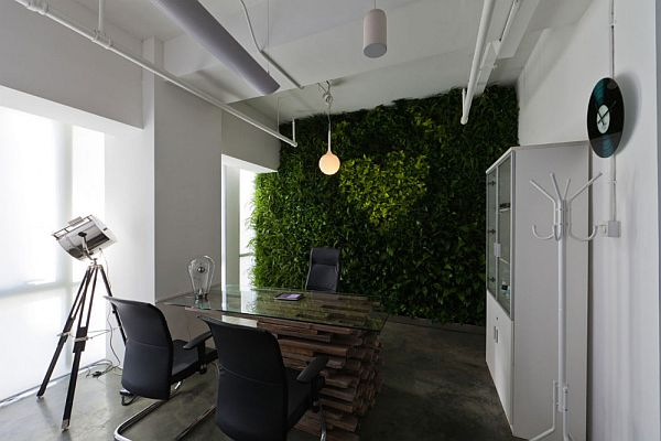 The Eegoo Pure White Offices