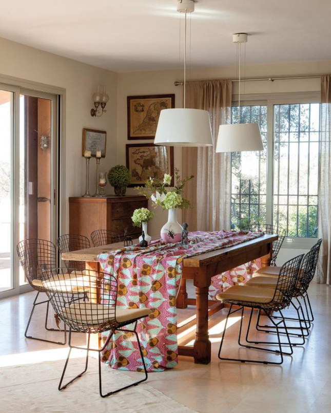 10 ways to make your dining room more inviting quirky for Quirky dining room ideas