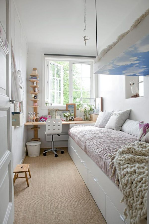 Beautiful Narrow Bedroom Ideas Part - 1: How To Decorate A Long And Narrow Bedroom